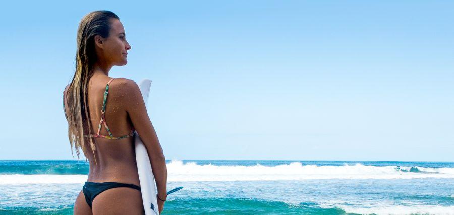 Alana Blanchard-vegan-surf-veganworld.gr