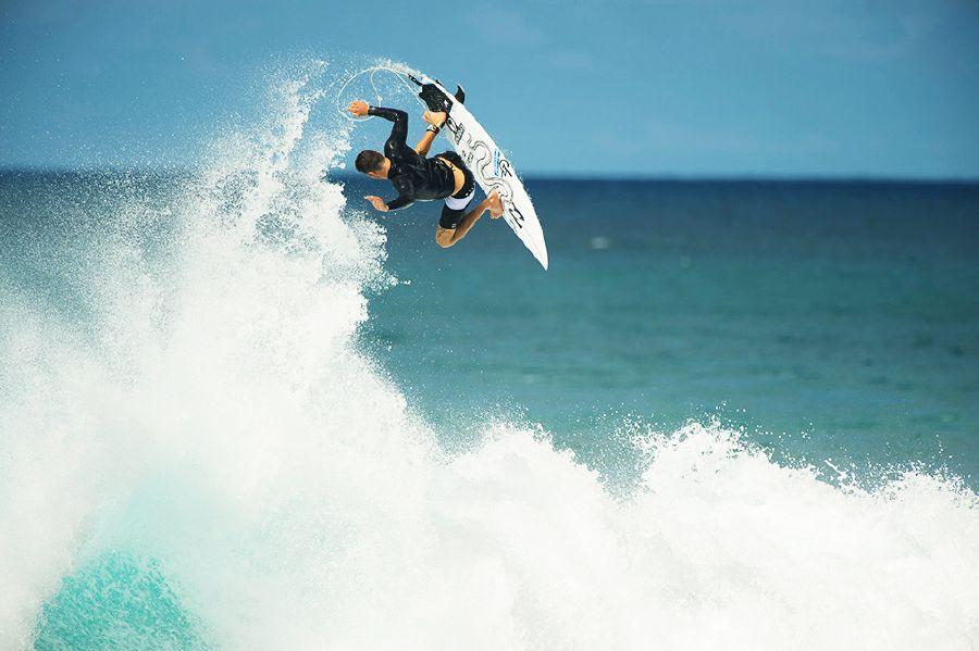 Jack Freestone-surfer-vegan-veganworld.gr