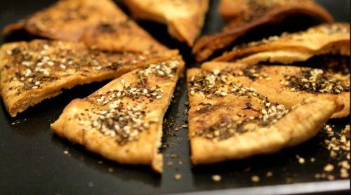Σπιτικό_Χούμους με Zaatar pita-chips