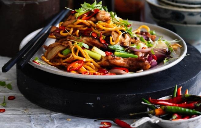 Noodles με_λαχανικά κ τσίλι