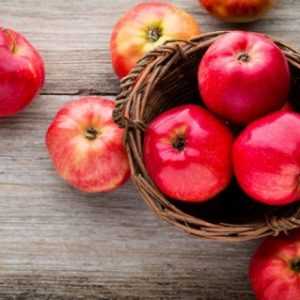 Smoothie-με-Μήλο-Καρότο-και-Πορτοκάλι_μήλα vegan