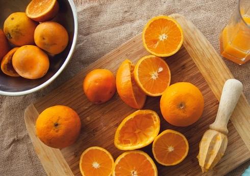 Smoothie-με-Μήλο-Καρότο-και-Πορτοκάλι_πορτοκάλι