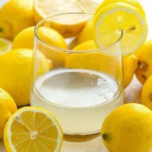 Smoothie-με-Ροδάκινο-και-Βρώμη_χυμός λεμόνι vegan