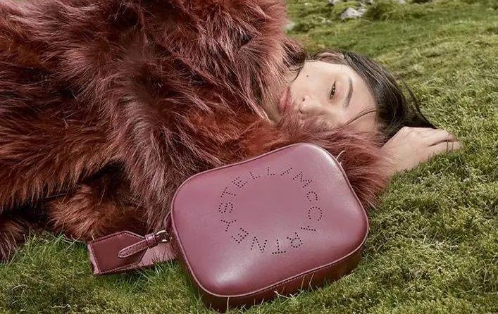 Η Stella_McCartney παρουσιάζει ψεύτικη γούνα 100% φυτικής προέλευσης