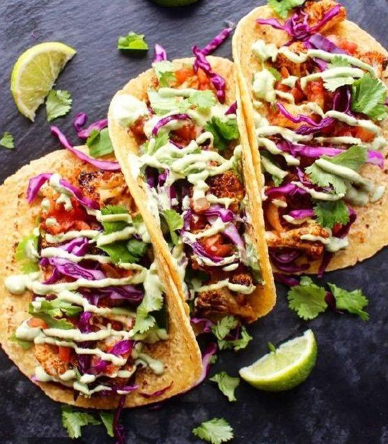 Πικάντικα Tacos με Κουνουπίδι, Κόκκινο Λάχανο και Αβοκάντο Κάσιους σως
