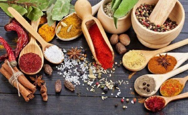 Βότανα και Μπαχαρικά Τα οφέλη τους για την Υγεία μας