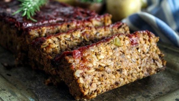 Vegan Ρολό Κιμά με Μανιτάρια, Καρύδια και γλάσο από Παντζάρι