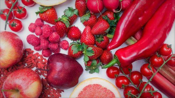 ΚΟΚΚΙΝΑ ΦΡΟΥΤΑ και ΛΑΧΑΝΙΚΑ οφέλη υγεία ανοσοποιητικό_σύστημα