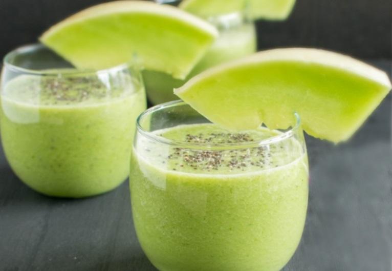Γλυκό smoothie με Πεπόνι και Kale vegan