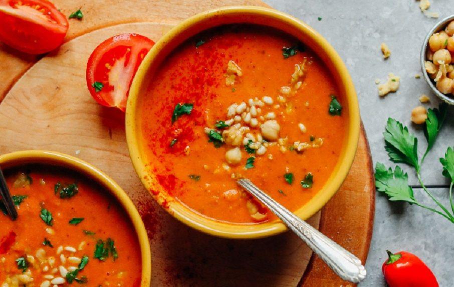Σούπα Romesco με θρυμματισμένα ρεβίθια vegan συνταγή