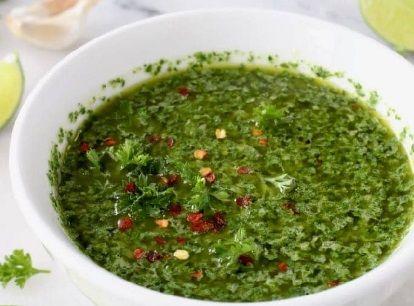 Γεμιστές Κίτρινες Κολοκύθες με σπιτική σάλτσα Chimichurri_vegan συνταγή