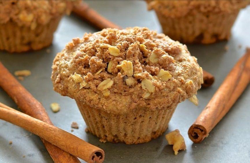 Vegan Muffins Μήλου με επικάλυψη κραμπλ Kανέλας συνταγή νηστίσιμη