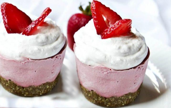 Vegan Cheesecake Φράουλας χωρίς ψήσιμο και γλουτένη ωμοφαγική συνταγή γλυκό